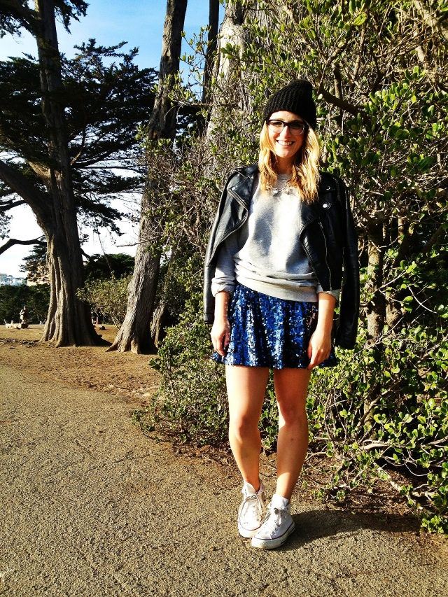 Jacket: H&M | Sweatshirt: H&M |Skirt: Macy's | Hat: H&M | Shoes: Converse | Necklace: H&M